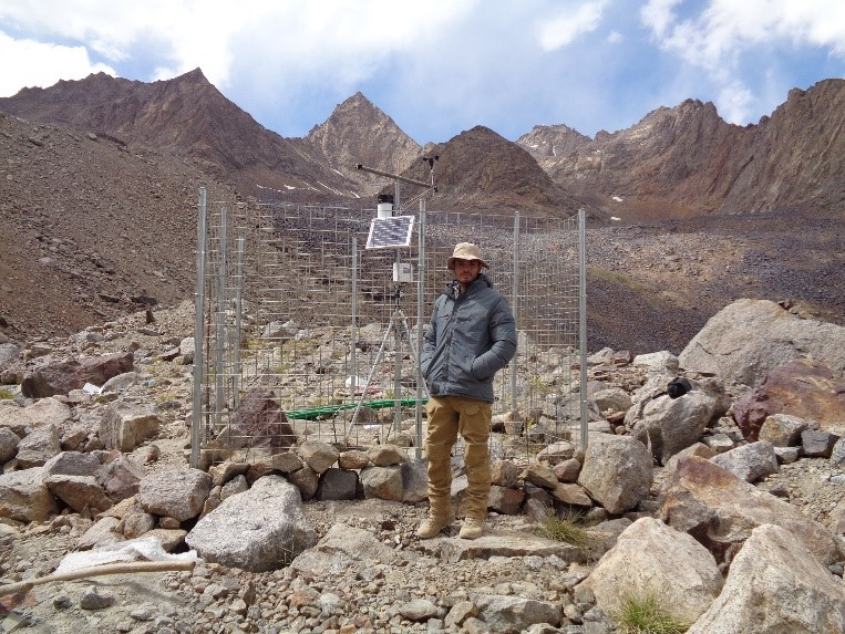 The Pir-Yakh Glacier AWS station (4,528 masl) (Photo Mahboobullah Bariz)
